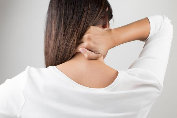 Patient suffering from neck pain in McMurray and in need of chiropractic care