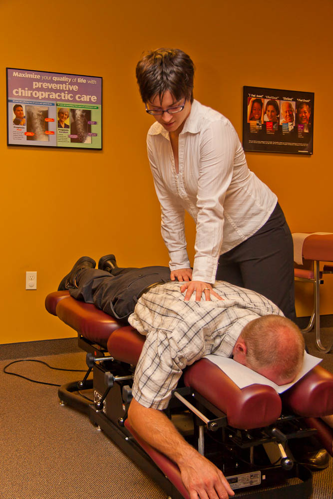 Lakeville MN chiropractor chiropractic adjustment back pain accident.jpg
