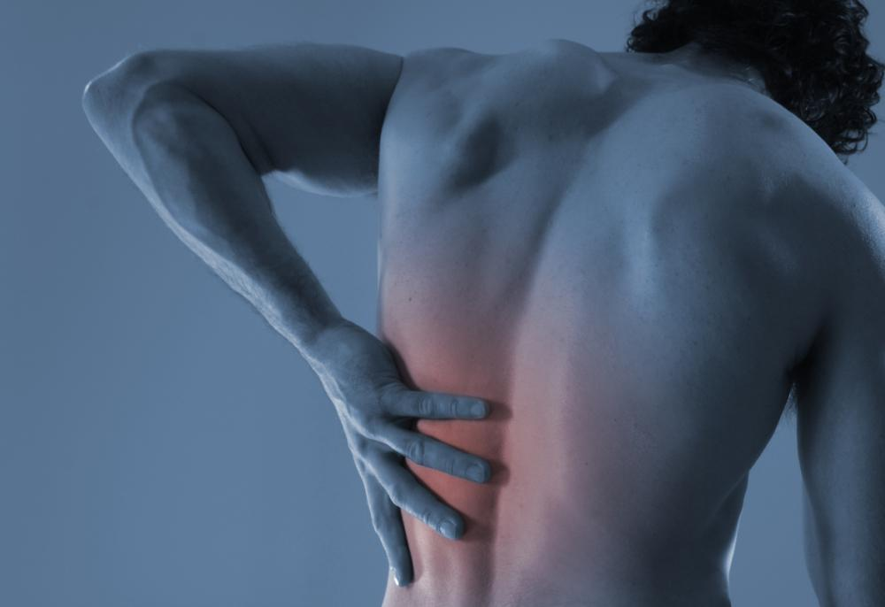 Man with Lower back pain in Dallas