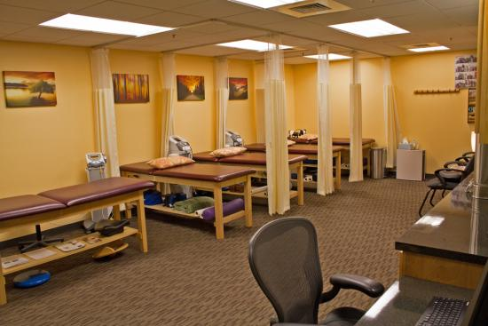 Picture of the treatment room in West Hartford Chiropractic